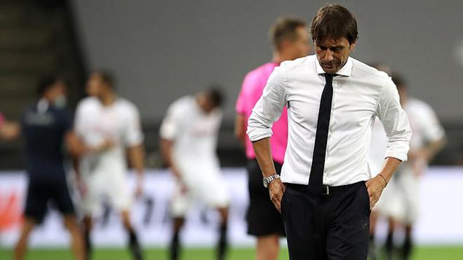 Tại sao Conte muốn ra đi chỉ sau 1 năm dẫn dắt Inter?