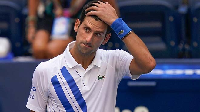 Djokovic có thể bị phạt thêm vì bỏ họp báo sau pha đánh bóng vào trọng tài