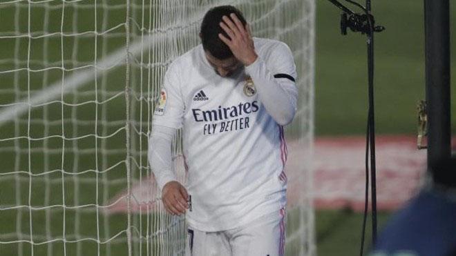 Bóng đá hôm nay 1/12: Cavani xin lỗi về bình luận khiếm nhã. Hazard có thể bị loại khỏi Real