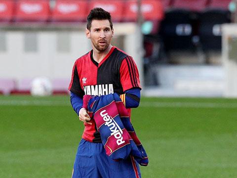 Quyền chủ tịch Barcelona đòi bán Messi, Man City mừng thầm