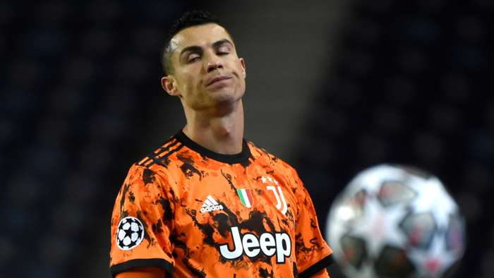 Bóng đá hôm nay 19/2: MU hủy diệt Sociedad ở cúp C2. Ronaldo bị chê 'ích kỷ'