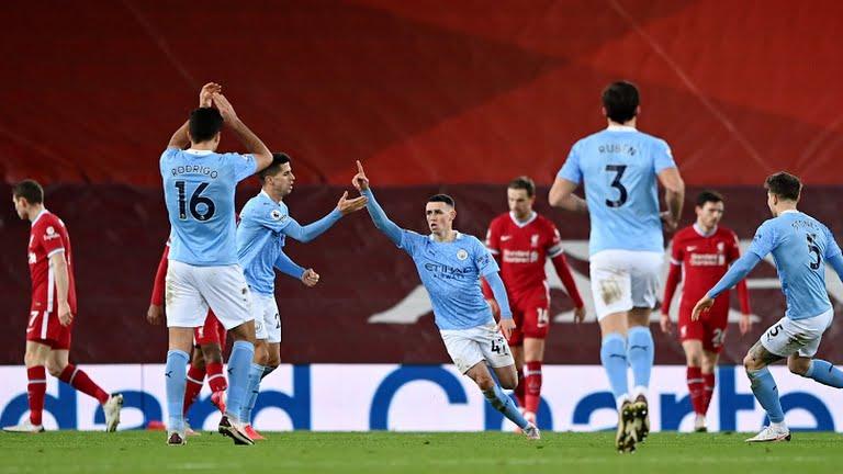 ĐIỂM NHẤN Liverpool 1-4 Man City: Sai lầm hàng thủ làm hại Liverpool, Man City bứt tốc