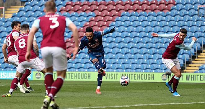 Burnley 1–1 Arsenal, Kết quả bóng đá Anh, Bảng xếp hạng Ngoại hạng Anh vòng 27, ket qua bong da hom nay, bảng xếp hạng bóng đá Anh, kết quả Arsenal đấu với Burnley