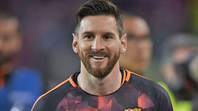 Bóng đá hôm nay 26/3: MU tăng lương cho Solskjaer. Messi sắp gia hạn với Barcelona