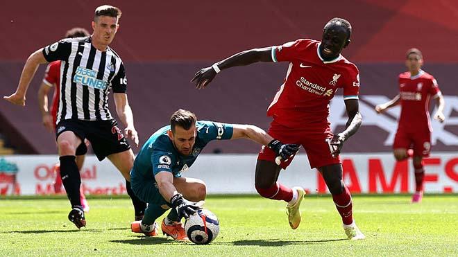 ĐIỂM NHẤN Liverpool 1-1 Newcastle: The Kop nhớ Van Dijk. Mất luôn cơ hội vào top 4