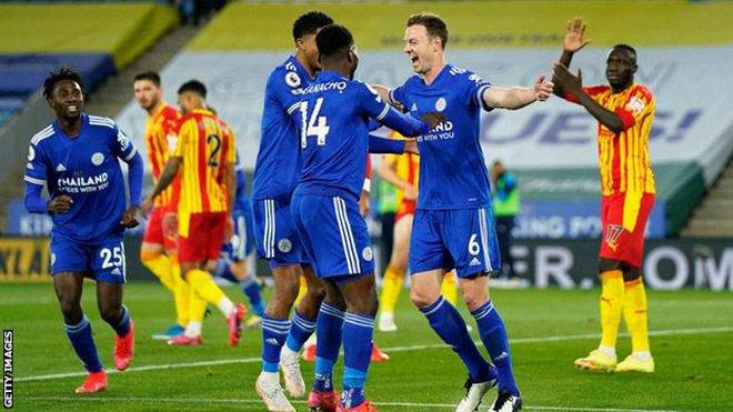 Bóng đá hôm nay 23/4: Fernandes ra điều kiện với MU. Barca thắng, Leicester xây chắc top 4