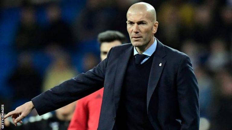 Real Madrid vs Chelsea: Sao lại chỉ trích Zidane?