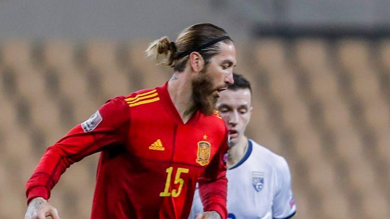 'Tây Ban Nha không Ramos như Argentina không Messi'
