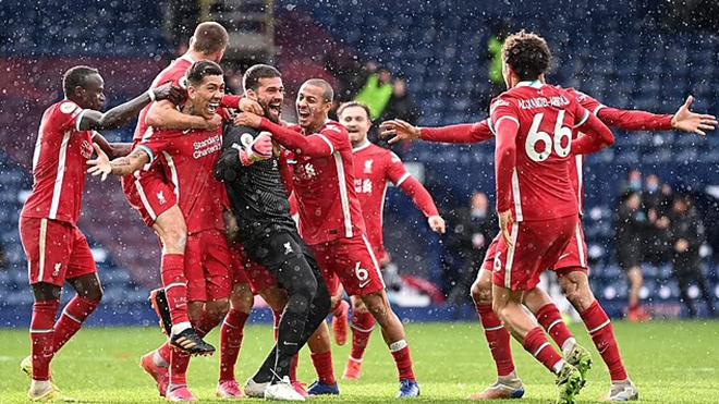 Liverpool: Klopp 'sốc 1 giây' khi chứng kiến bàn thắng của Alisson