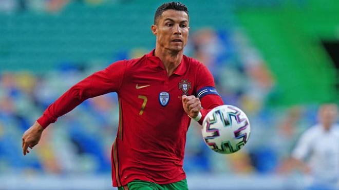 Hungary 0–3 Bồ Đào Nha: Ronaldo xô đổ kỷ lục với cú đúp, Bồ Đào Nha thắng lớn ngày ra quân