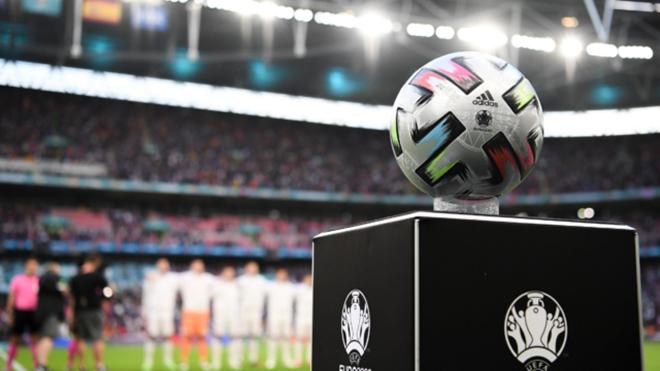 Bóng đá hôm nay 8/7: Braithwaite bóng gió Anh được thiên vị. Ramos chính thức gia nhập PSG