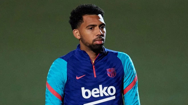 Bóng đá hôm nay 26/7: Varane chuẩn bị cập bến MU. Barca đối xử phũ với sao trẻ