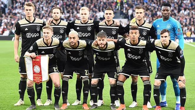 Không chỉ Van de Beek, dàn sao 2019 của Ajax đã sa sút thế nào?