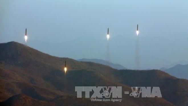 Bất chấp sức ép, Triều Tiên lại phóng tên lửa đạn đạo