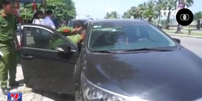 Đà Nẵng điều tra vụ đập phá hàng loạt ô tô đỗ trên đường