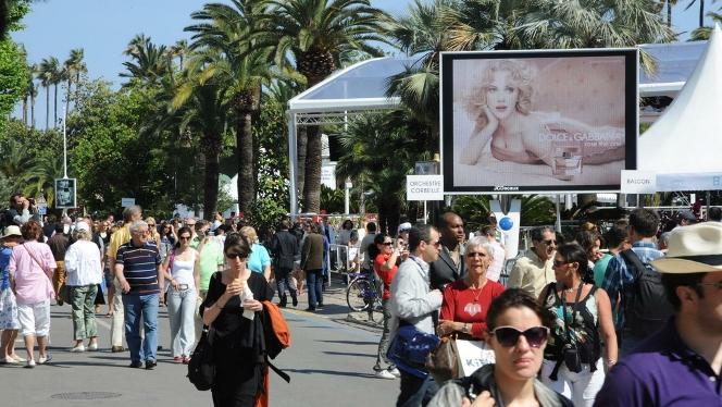 LHP Cannes 2017: lo cả khủng bố lẫn đạo chích