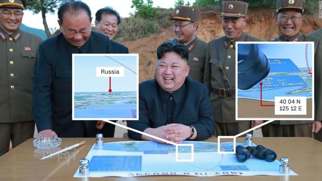 Đăng ảnh ông Kim Jong-un, Triều Tiên vô tình lộ bản đồ mật