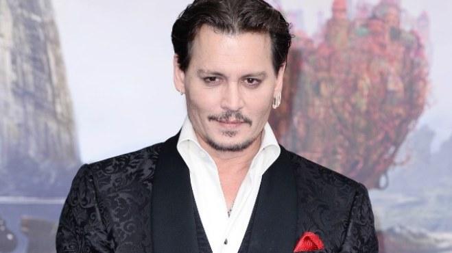 Trò đùa ngụ ý 'ám sát Tổng thống Trump' của Johnny Depp gây bão mạng