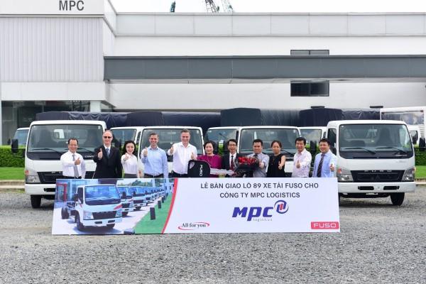 Fuso đánh dấu 6 tháng đầu năm thành công bằng hợp đồng xe tải