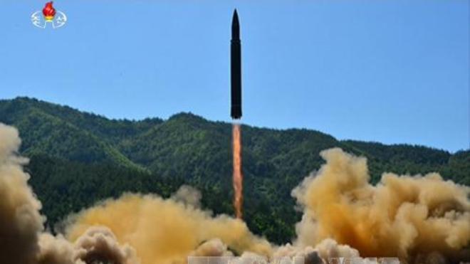 Triều Tiên khẳng định thử thành công tên lửa đạn đạo liên lục địa, trúng mục tiêu trên biển