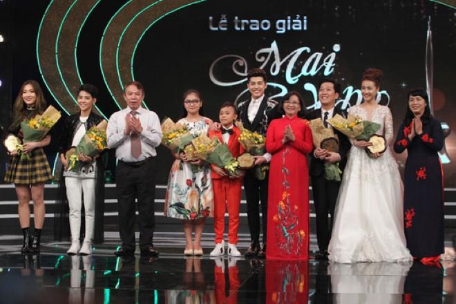 Tranh luận khi Mai vàng công bố trao giải 'Nghệ sĩ thiện nguyện'