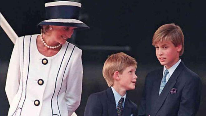 Công nương Diana: Cuộc đời ngắn ngủi nhiều nước mắt