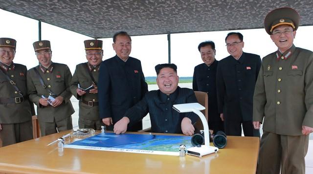 Triều Tiên lại thử tên lửa, căng thẳng đến 'điểm bùng phát'
