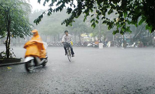 Miền Bắc, mưa nắng thất thường, miền Nam có dông lốc