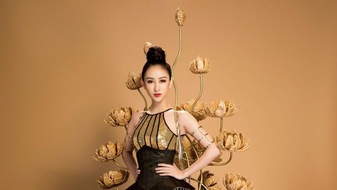 Á hậu Hà Thu hóa thân thành 'chiến binh hoa' tại Hoa hậu Trái đất 2017