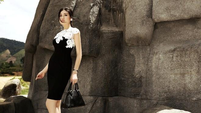 Ngắm 'Dubai phiên bản Việt' đẹp mê hồn trong bộ ảnh mới của Á hậu Tú Anh