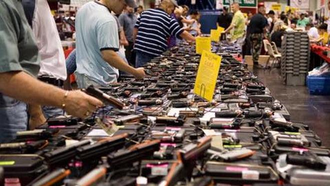 Vụ xả súng kinh hoàng ở Las Vegas: Nghịch lý súng
