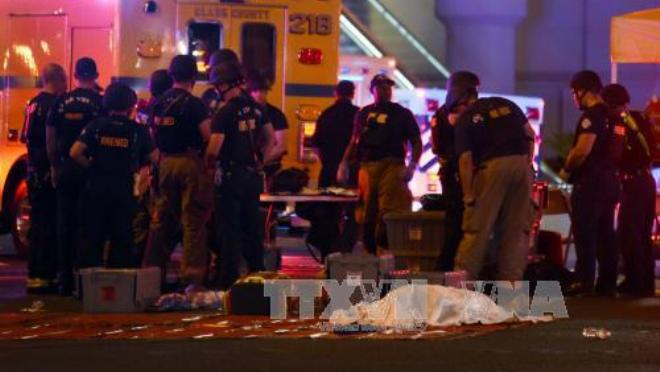 Vụ xả súng ở Las Vegas: Số thương vong tăng, Tổng thống Putin, Thủ tướng Anh lên tiếng