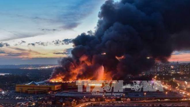 Cháy chợ tại Moskva, 3.000 người phải sơ tán