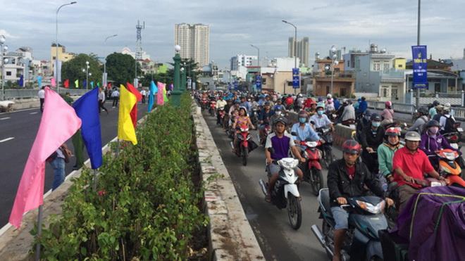 Thông xe cây cầu lịch sử Nhị Thiên Đường 1 tại TP HCM