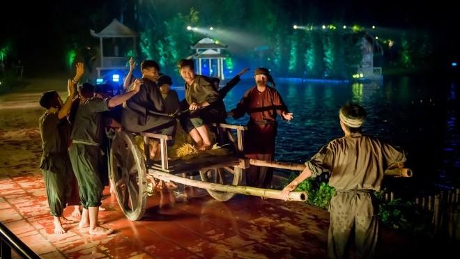 Đạo diễn Việt Tú trả lời về tranh cãi quanh vở diễn 'Tinh hoa Bắc Bộ': Hãy nói sự thật