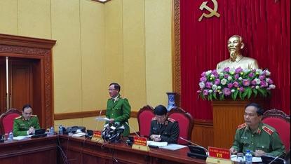 Trung tướng Trần Văn Vệ: Ít nhất đến năm 2020 mới bỏ sổ hộ khẩu giấy