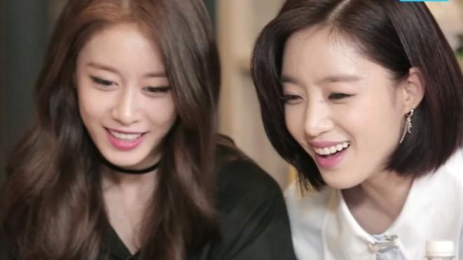 Cuộc trò chuyện thú vị của Chi Pu và những cô gái xinh đẹp của T-ara
