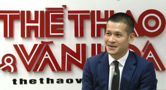 Đạo diễn Việt Tú 'đòi quà' cho cánh mày râu