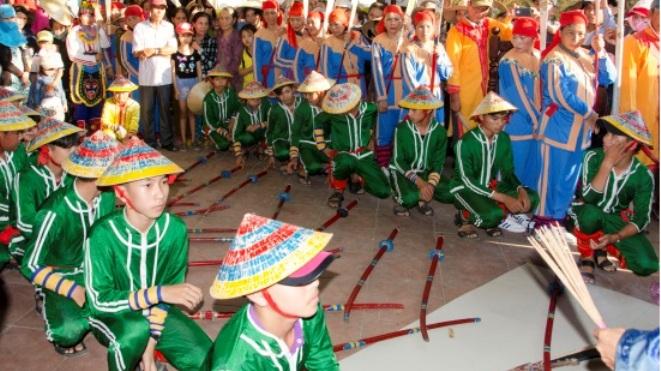 'Ngược dòng' nghìn năm văn hóa dân gian của cư dân ven biển Quảng Ngãi