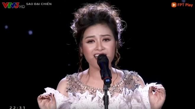 Ca khúc 'Lũ đêm': Đông Hùng hay Dương Hoàng Yến hát hay hơn?