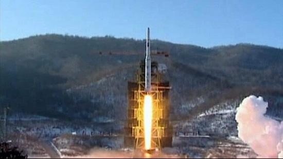 Nhà lãnh đạo Triều Tiên ra lệnh phát triển tên lửa lớn chưa từng có