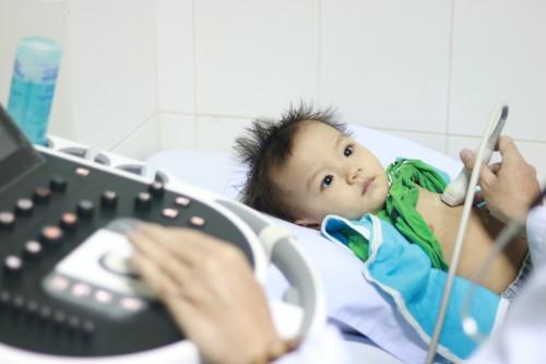 Hơn 400 bé được tầm soát tim mạch miễn phí tại BVĐK Hoàn Mỹ Cửu Long