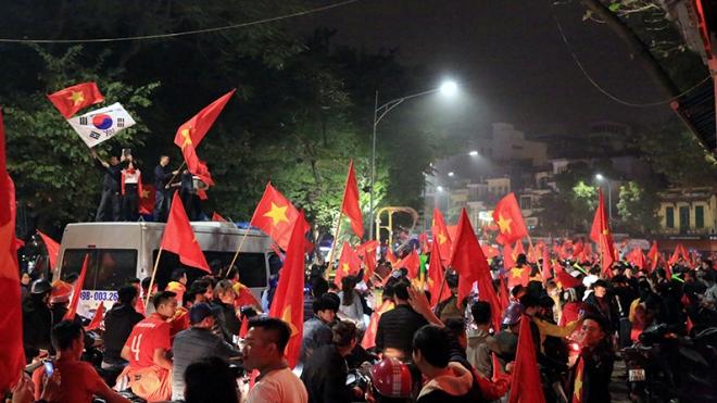 U23 Việt Nam vào chung kết U23 châu Á: Vui thôi, đừng quá đà