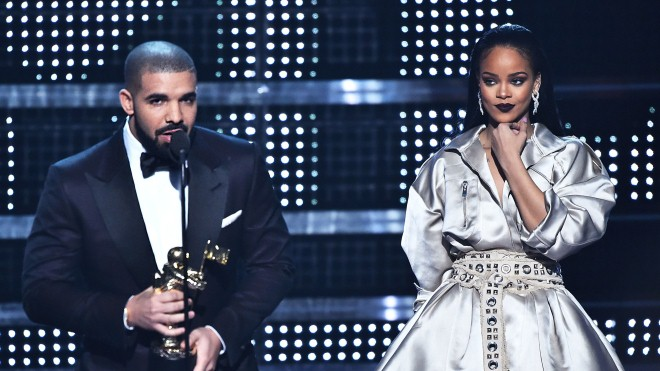 Ca khúc 'God's Plan' của Drake phá vỡ hàng loạt kỉ lục: Sánh ngang với huyền thoại Beatles?