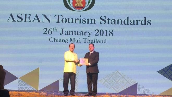 Tập đoàn khách sạn Mường Thanh nhận hai giải thưởng du lịch ASEAN 2018