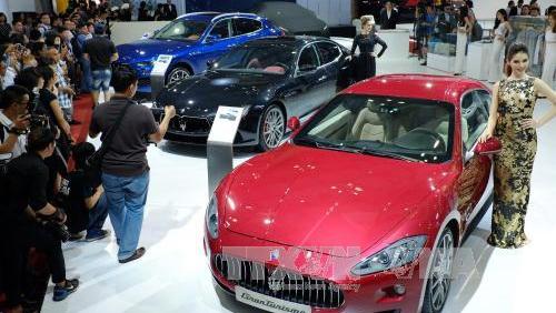 Vì sao thị trường ô tô Việt sụt giảm mạnh trong tháng 2