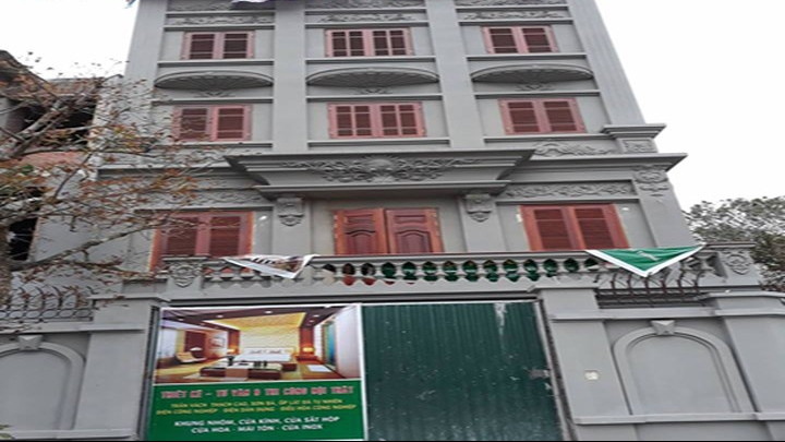 Giám sát phá dỡ công trình vi phạm của gia đình nguyên Thiếu tướng Nguyễn Thanh Hóa