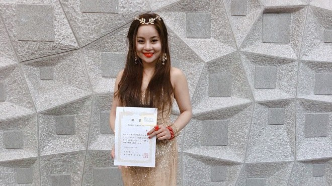 Sao mai Hương Ly đạt giải Nhì cuộc thi âm nhạc quốc tế