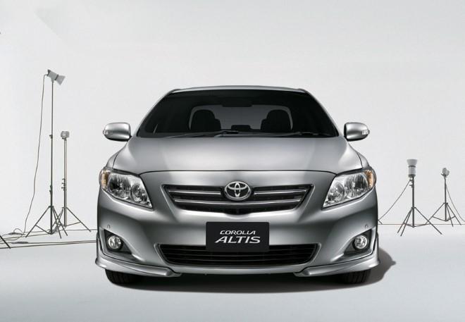 Toyota Việt Nam triệu hồi nhiều dòng xe vì lỗi túi khí