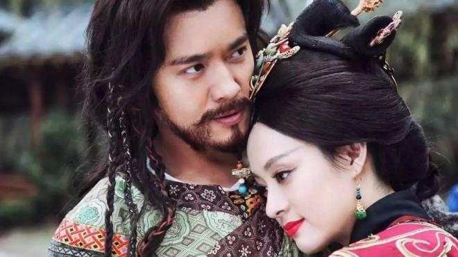 Ngôi sao Cao Vân Tường gặp bê bối: Sụp đổ hình ảnh người chồng tốt, người cha tốt